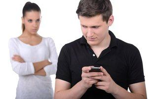 муж изменяет жене с любовницей